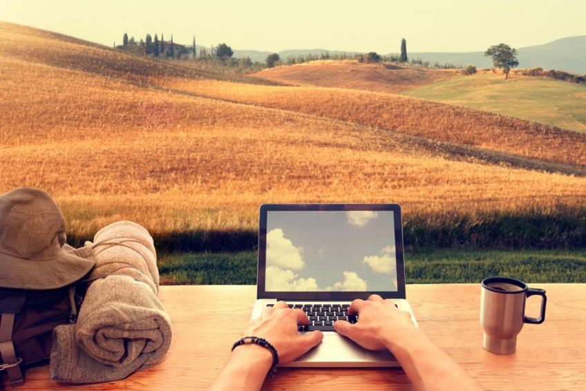 7 Essential Clauses To Include In Your Remote Work Policy