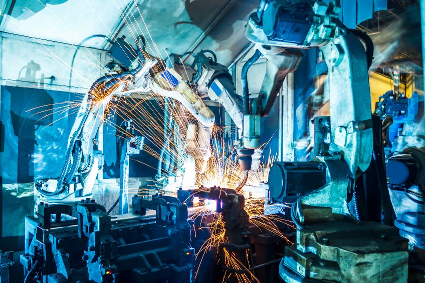 How To Choose The Right Industrial IoT Platform For Smart Manufacturing