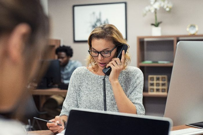 CenturyLink rings up cloud-based voice service for mid-sized businesses