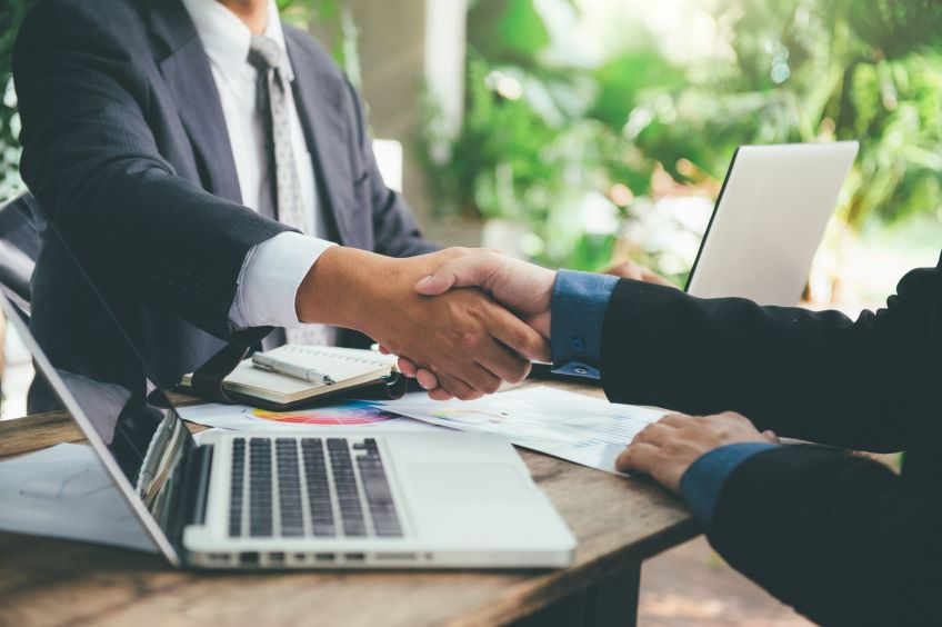 """Helping Agencies Avoid """"Lost in Transition"""": 3 Key Steps to Guide Transformation through Contracts"""