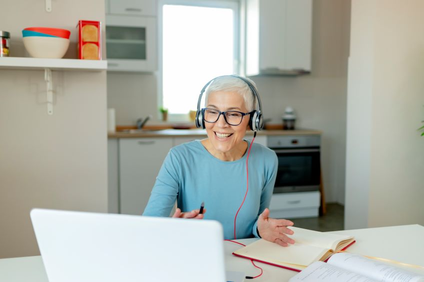 Using Technology to Blend Home and Office Workplaces